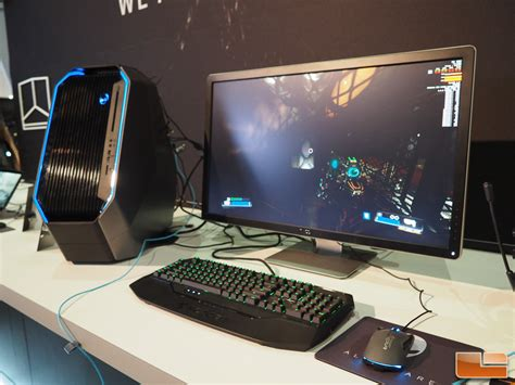 Alienware Displays Area 51 Desktop Gaming Pc At E3 2016 Gaming Desk Top