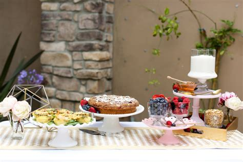 Backyard Brunch Party Guide   Evite
