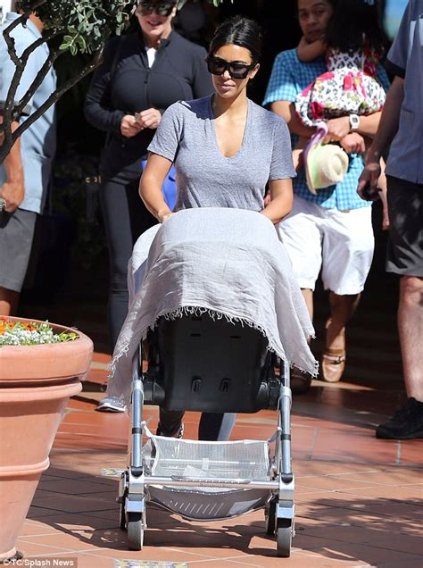 Coastal Comfort Kim Kardashian Returns Home With Baby North After Day At