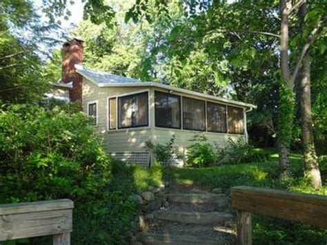Canandaigua Cottage Rentals by Vrbo Canandaigua Vacation Rentals