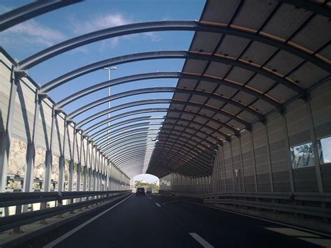 building  wall highway sound barriers