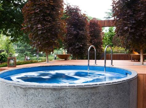 Backyard Plunge Pool 120 Best Images About Small Pools On Decks Small Yards And Water Tank