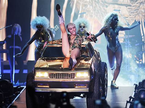 miley cyrus line in the bathroom review of miley cyrus s bangerz tour for the georgia straight what s up mann