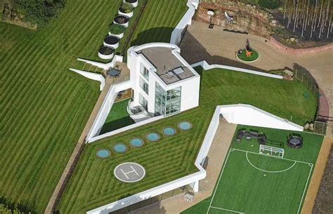 bob and flora s new house la spettacolare casa sotterranea costruita da un