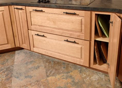 tray base cabinet cliqstudios kitchen cabinetry