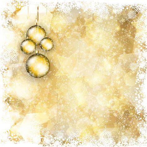goldener weihnachtsbaum goldene weihnachten hintergrund mit h 228 ngenden kugeln