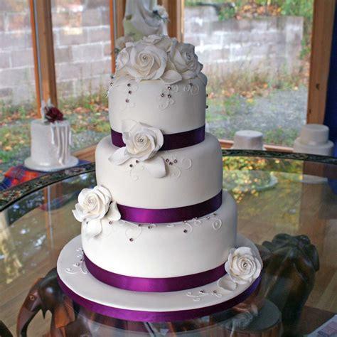 classic wedding cakes vintage and retro wedding cake designs classic wedding cakes available in