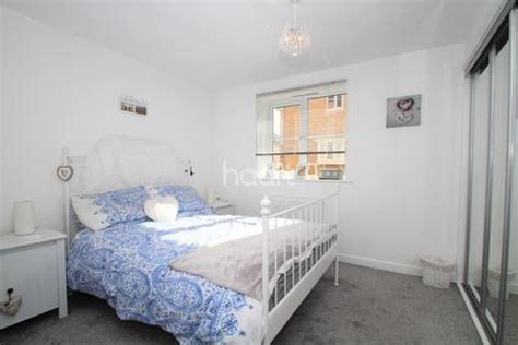 one bedroom flat basildon houses for sale in noak bridge latest property onthemarket
