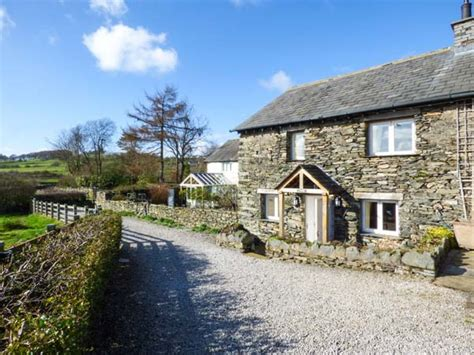 lake district cottage kestrel cottage cartmel beck side the lake district