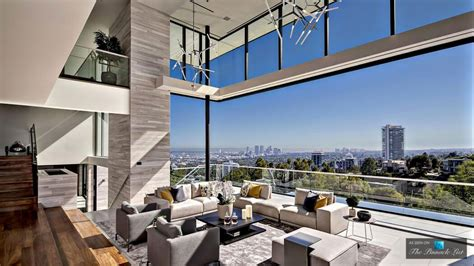 luxury house in los angeles decoration