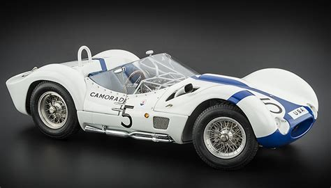 maserati tipo 61 birdcage maserati tipo 61 quot the birdcage quot by cmc classic model cars