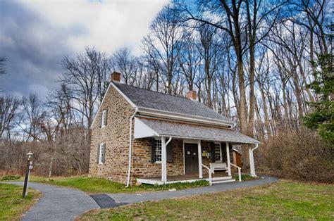 quaker meeting house quaker meeting house crossroads of the american revolution