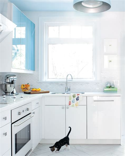 lacquer kitchen cabinets pros and cons white lacquer kitchen cabinets contemporary kitchen
