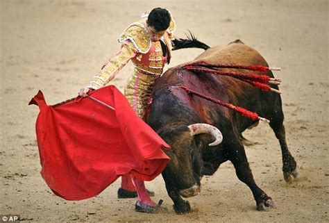Anger In Spain At Migrant Models by Britain S Next Top Model Contestants Bullfighting Shoot