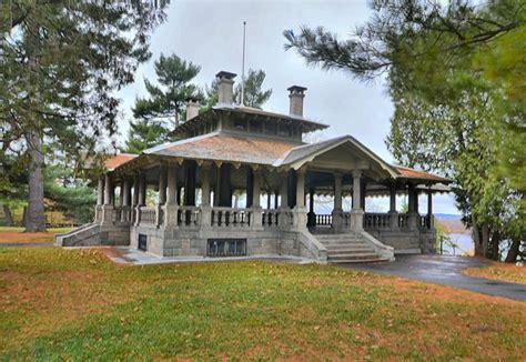 rockcliffe park pavilion location  ottawa wedding