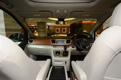 maxus g10 interior maxus g10 12seaters big thumb rent a car ventures