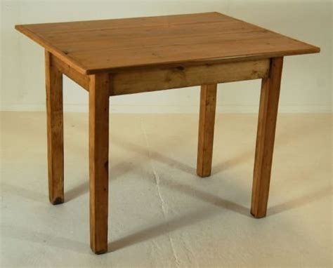 Small Pine Dining Table Kitchen Dining Farmhouse Table Small Antique Pine Waxed 92836 Sellingantiques Co Uk