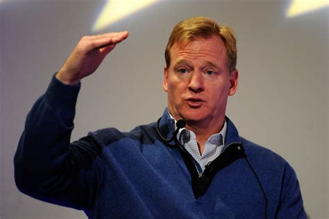 peyton manning and roger goodell roger goodell nfl commissioner says 34 teams a