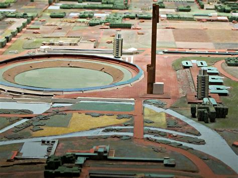 models of frank lloyd wright s utopia show the architect
