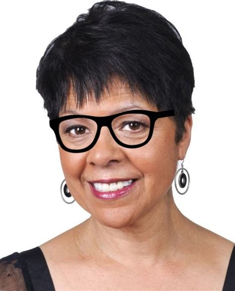 short hairstyles for glasses hairstyles for women over 50 with glasses the xerxes