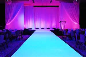 Free Home Design Shows runway to glow all white ignore stage backdrop in this picture