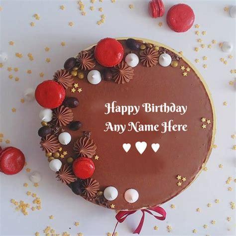Birthday cakes ? Write name on image