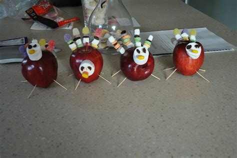 home made thanksgiving decorations wonderful how to make homemade thanksgiving decorations