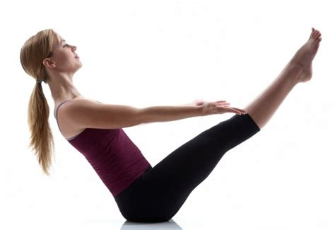 boat pose hold 30 day ab challenge day 12 be a fit mommy