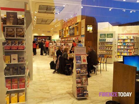 libreria feltrinelli prato libreria feltrinelli alla stazione di firenze 8