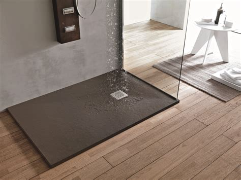doccia a pavimento prezzi a filo pavimento o d appoggio i piatti doccia si