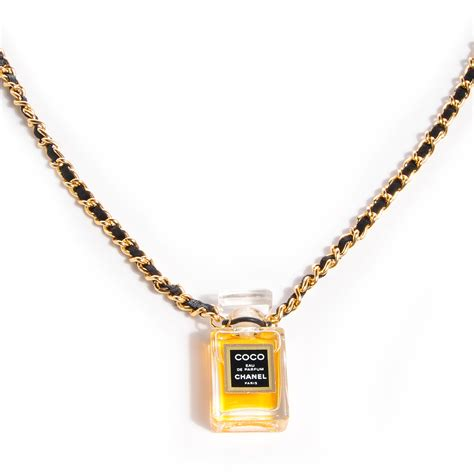 chanel vintage coco perfume bottle necklace 68048