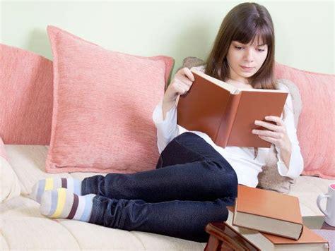 imagenes mujeres leyendo como disfrutar de la literatura actitudfem