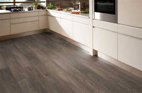 laminat oder teppich ausgezeichnet k 252 chen boden kuchenboden modern matchless