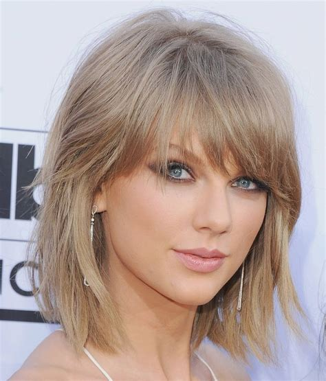 haircuts for hair that grows forward 10 hairstyles to try when you re growing out your bangs