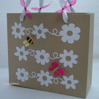 Murah Dies Sizzix Decorative Alphabet Monde De s snippets bag made with kraft cardstock