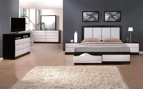 two tone bedroom furniture black white two tone finish modern bedroom w optional items