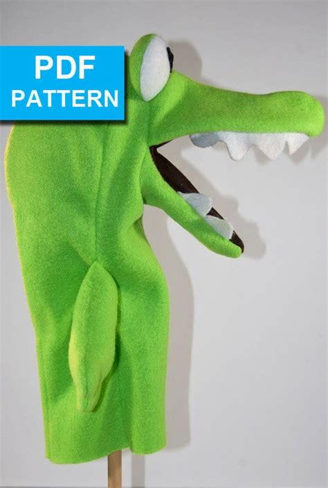 felt alligator pattern alligator hand puppet with move able mouth pattern by