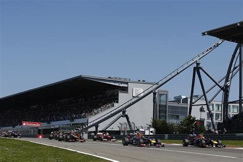F1 Calendar 2019 Nurburgring In Talks For Return To Formula 1 Calendar In