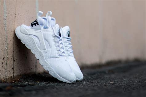 Nike Air Huarace Run Ultra Black White nike w air huarache run ultra white white black footshop
