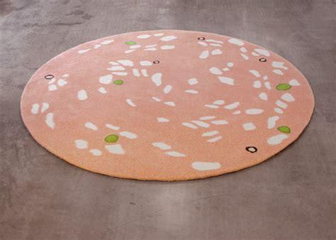 tappeti particolari strani tappeti idea arredo