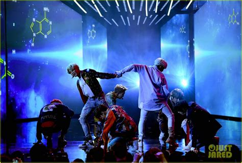 bts on ama bts rocks the amas 2017 with dna performance video