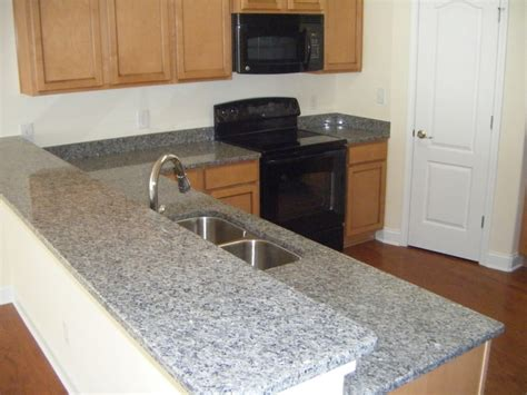 New Caledonia Countertop by 1000 Ideas About Caledonia Granite On Granite