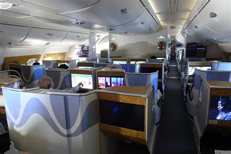 emirates business class cabin review emirates class a380 los angeles to dubai