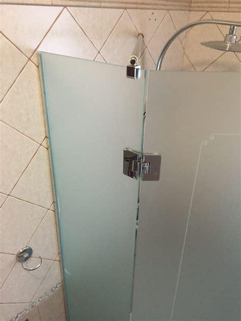 box doccia pentagonale box doccia in cristallo chiaro satinato vetreria