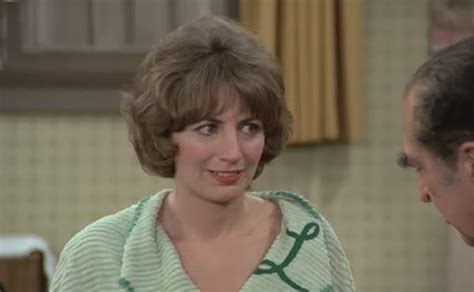 cindy cbell actress who has her own podcast r i p penny marshall 1943 2018
