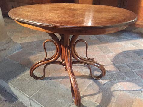 tavolo thonet antico tavolo in faggio curvato tavoli tables 8661