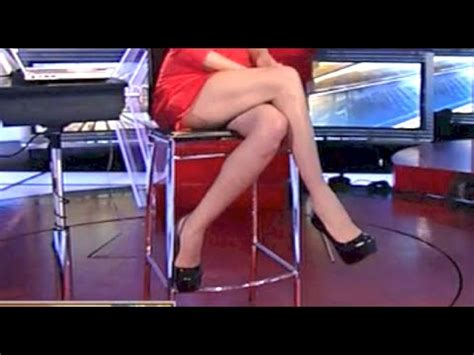 shortest skirt on fox news nicole petallides damn nicole 6 5 15 doovi