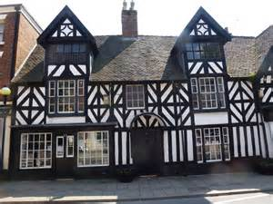 tudor houses tudor house www imgkid the image kid has it