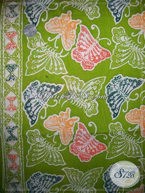 Aneka Sprei Motif Kupu batik motif kupu dengan warna warna kupu beraneka ragam