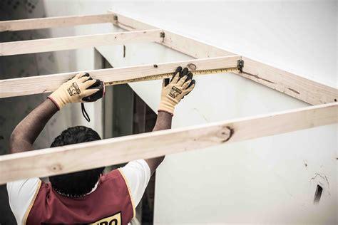 como instalar un techo de policarbonato aprende a instalar un techo de policarbonato hazlo con